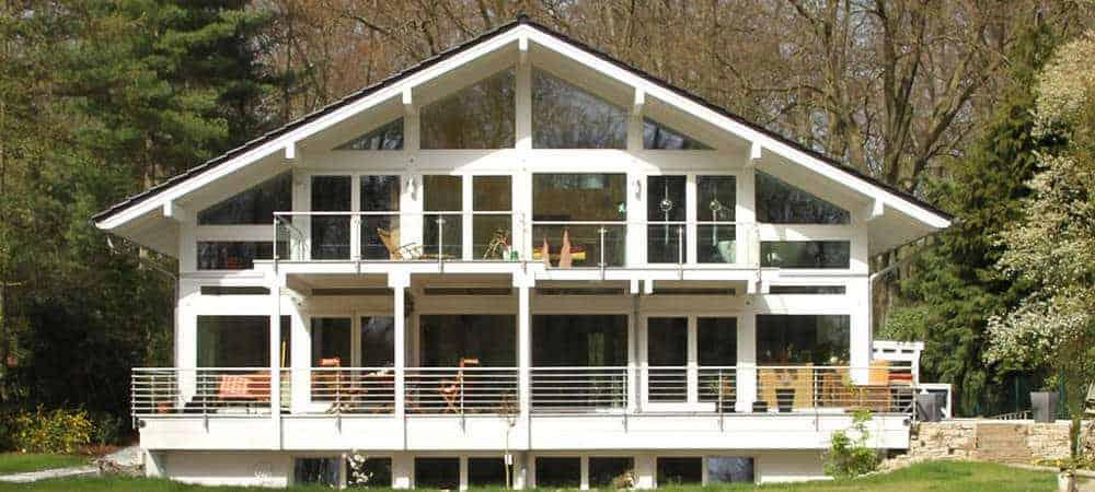 Modernes-Fachwerkhaus-Holzskelettbauweise