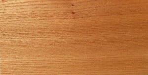 Holzmaserung von Ulme. Hier gemessertes Furnier.