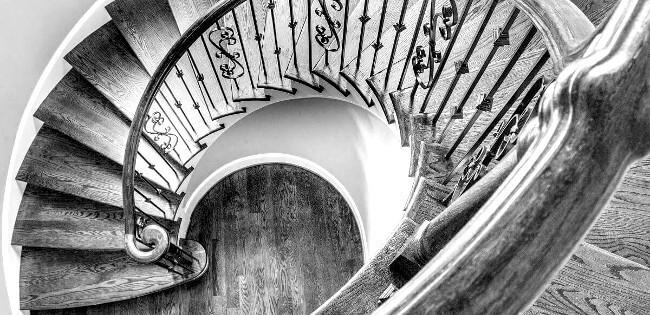 Treppe-selber-bauen-berechnen-wendeltreppe-holz-1