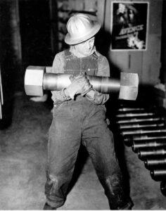 Schraube für die Generatorwelle der Grand-Coulee-Staumauer
