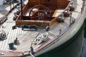 Bild 10: Sperrholz im Bootsbau